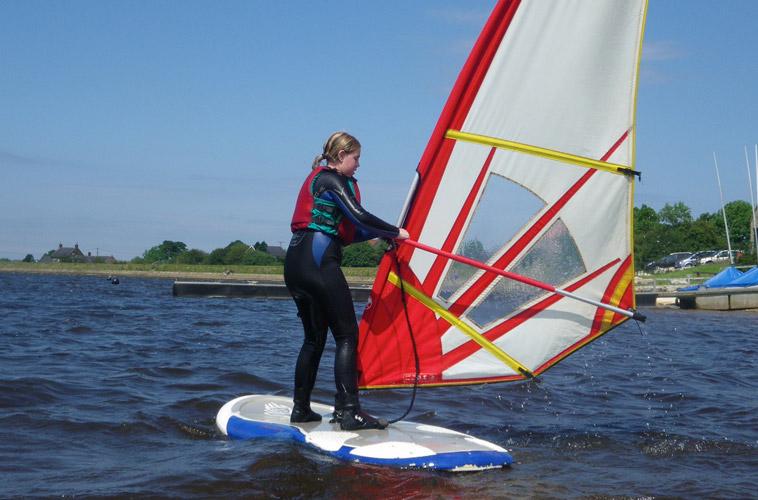 Windsurfing – Youth (RYA Levels 1-3)